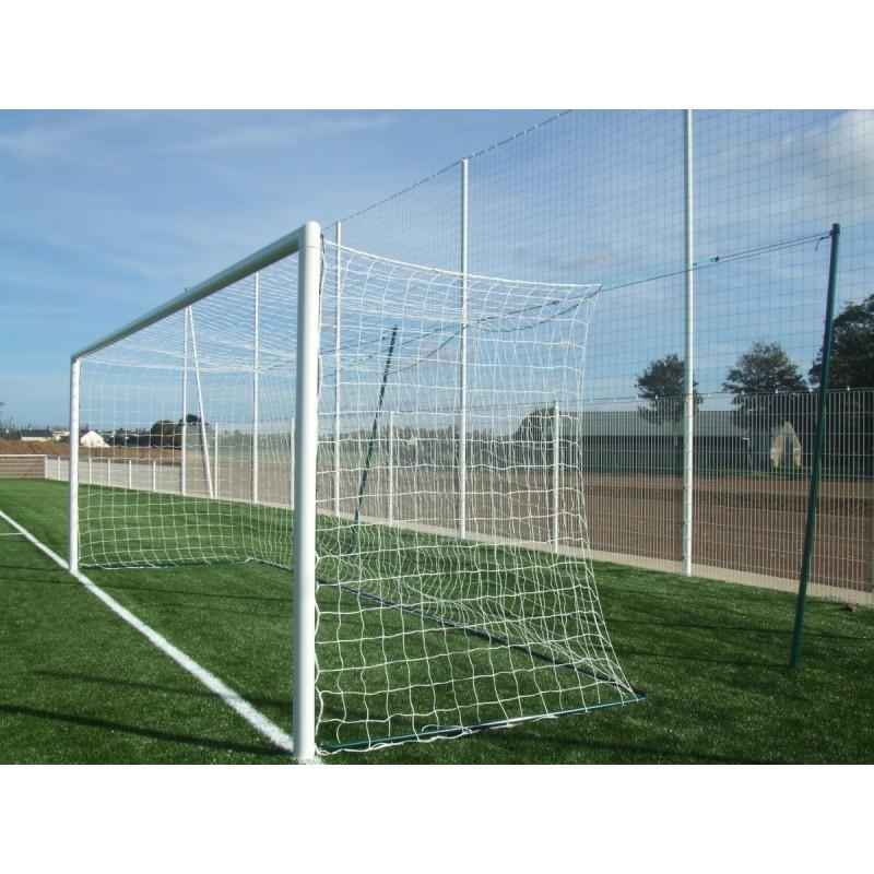 Filets de football à 11 tressé 3mm maille simple 145mm forme européenne (la paire)