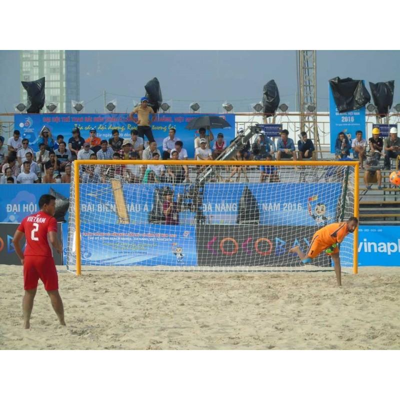 Buts de beach soccer 5,50x2,20m avec ancrages (la paire)