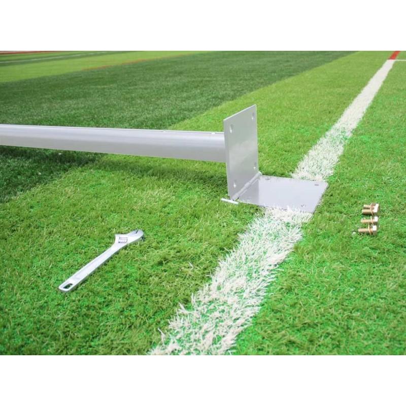 Poteaux de rugby sur charnière hauteur 11m en aluminium sans fourreaux (la paire)